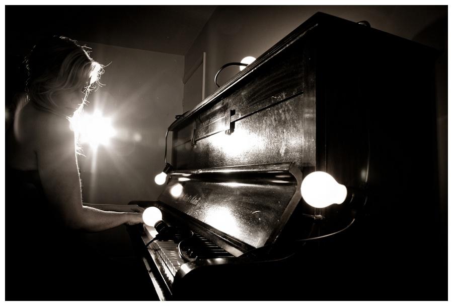 Musician-Portraits-Devon-Flash_21