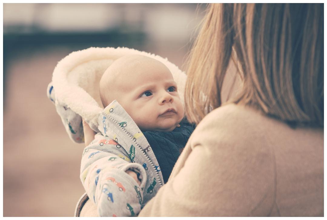 baby portraits on the beach teignmouth