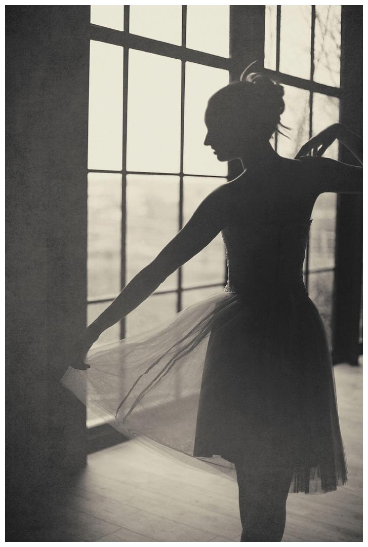 ballerina sillouette